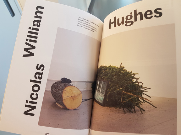 Nicolas William Hughes i avgangskatalogen Traust.