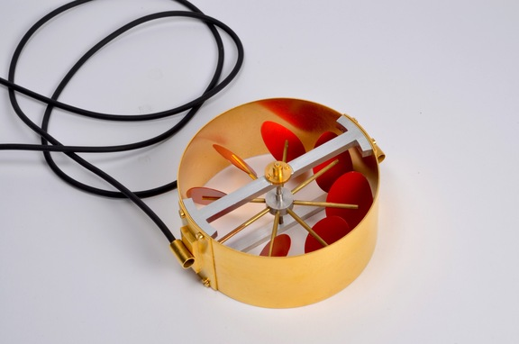 Turbin, necklace, gold plated brass, aluminium, laquer, rubber, 2011